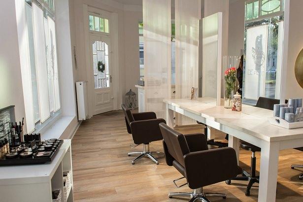 Salon Le Petit Aussen
